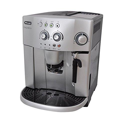 De'Longhi Magnifica Bean to Cup Espresso/Cappuccino Coffee Machine ESAM4200 - Silver